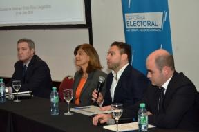 Disertó un especialista de la provincia de Córdoba: Se desarrolló en Victoria el cuarto encuentro del foro de debate por la reforma electoral