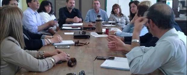 PROBLEMÁTICA EDUCATIVA EN LOS MUNICIPIOS: Panozzo se reunió en Federal con Chapino, Boxler y Moreno