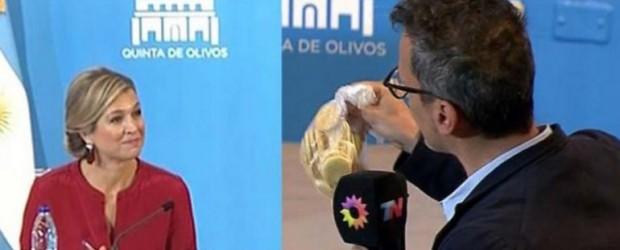 """El incómodo momento que pasó Zorreguieta por un """"regalo"""" del notero de Canal Trece"""