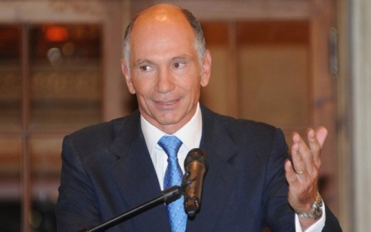 Después de la denuncia por el memorando con Qatar, renunció el titular del FGS