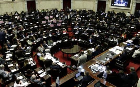 NUEVO REVÉS PARA EL GOBIERNO:  Diputados aprobó proyecto de la oposición para modificar Ganancias