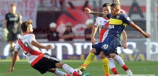 Primera división:  River desperdició sus chances y Tevez le dio la victoria a Boca en el Monumental