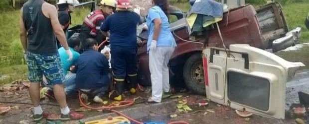 FATAL: Un choque frontal entre un auto y una camioneta provocó otra muerte en la Autovía Artigas