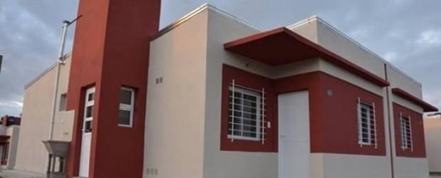 Conscripto Bernardi: Viviendas recientemente entregadas por el IAPV fueron construidas por convenio exclusivamente para empleados municipales
