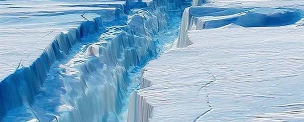 PESA MÁS DE MIL MILLONES DE TONELADAS:  Se desprendió de la Antártida el iceberg 30 veces más grande que la Ciudad de Buenos Aires