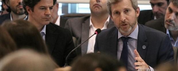 Cruces: Macrista reprocha el pasado menemista de Frigerio