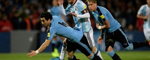 Con el debut oficial de Sampaoli, Argentina visita a Uruguay con la obligación de ganar