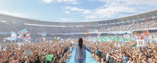 """Cristina Kirchner cerró su campaña: """"Si amás Argentina no votes ajuste"""""""