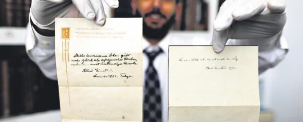 Sale a la luz un breve manuscrito del físico alemán sobre la felicidad: La otra teoría de Einstein