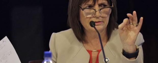 En medio del crimen del mapuche, se derrumba la imagen de Patricia Bullrich
