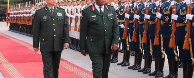 Por qué China vigila tan de cerca la toma del poder por militares en Zimbabue y el futuro de Robert Mugabe