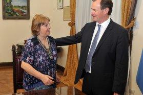 El gobernador Bordet puso en funciones a Marta Landó al frente de Educación