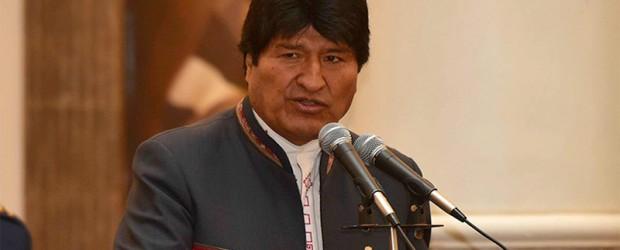 """Por insultar a países: Morales a Trump: """"Se tragará sus palabras contaminadas de racismo y fascismo"""""""