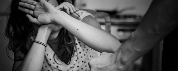 Escalofriante caso en Neuquén:  El ex de su mamá la violó embarazada, la apuñaló y la duchó para borrar rastros
