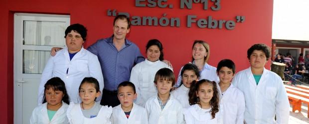 El gobierno convoca a docentes y padres a trabajar por una mejor educación