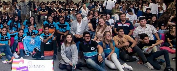 """Se presentó la edición 2018 del Senado Juvenil Bahl: """"Desde este espacio pueden transformar su lugar en el mundo"""""""