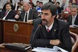 Para Giano es el momento de discutir el proyecto de provincialización de la represa:  En un solo bimestre la tarifa eléctrica se incrementó más que los salarios en dos años