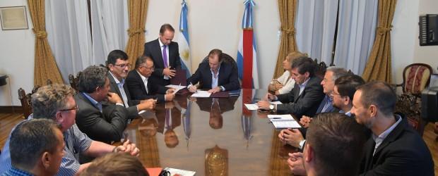 Más municipios acceden al crédito internacional gestionado por la provincia