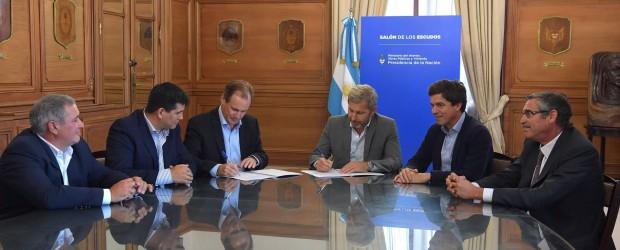 La provincia firmó un convenio con Nación para terminar la obra de defensa de Villa Paranacito