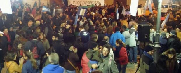 Protestas: Paraná, Concordia y Concepción del Uruguay marchan contra el tarifazo