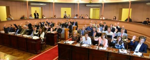 DUDAS EN LA LEGISLATURA: A quién beneficia que se caiga la reforma política