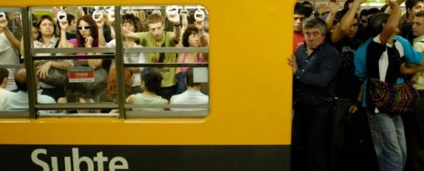 En medio del conflicto, Metrovías suspendió a 150 trabajadores