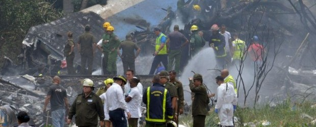 Tragedia en Cuba: Cayó un avión con 104 pasajeros y hay tres sobrevivientes