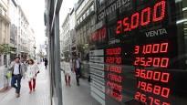 INCONTROLABLE: El dólar perforó el techo de los $ 25 y el Central salió a vender 5.000 millones para contenerlo