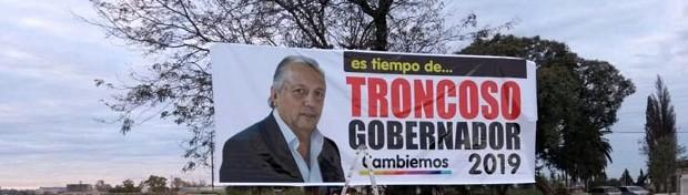 Largó la campaña: Troncoso, el primero en oficializar su candidatura