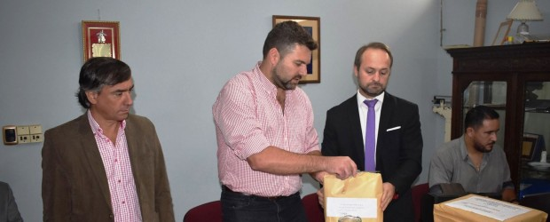 Invierten cerca de seis millones de pesos en obras de badenes y cordón cuneta en Federal y San Salvador