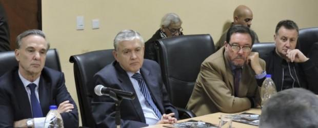 Con Pichetto a la cabeza, senadores peronistas apoyaron el paro de la CGT