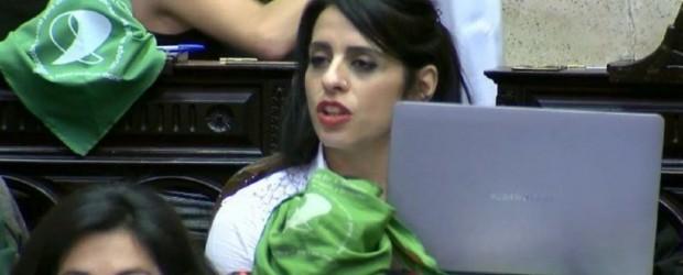 """Victoria Donda: """"Si alguno quiere hablar de la dictadura que venga y me cuente"""""""