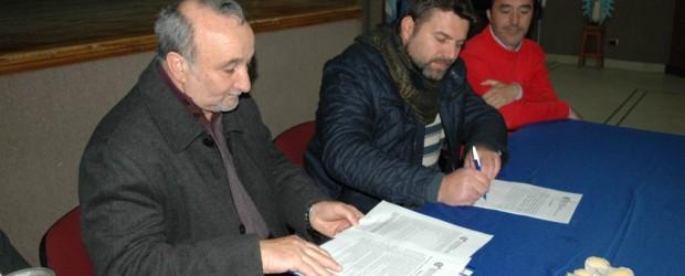 FEDERAL: Se firmó el inicio de obras de unificación de conectores cloacales y traslado de lagunas