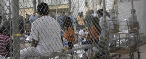 MIGRACIÓN: Escucha a los niños que acaban de ser separados de sus padres en la frontera