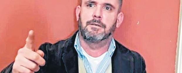 Detuvieron a un supuesto periodista acreditado en la Casa Rosad:  Con credenciales muy turbias