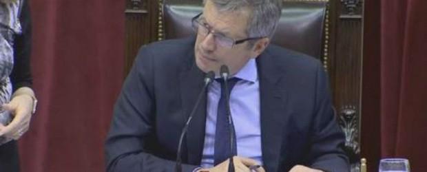Sin techo: Los diputados se aumentaron el sueldo por segunda vez en el año