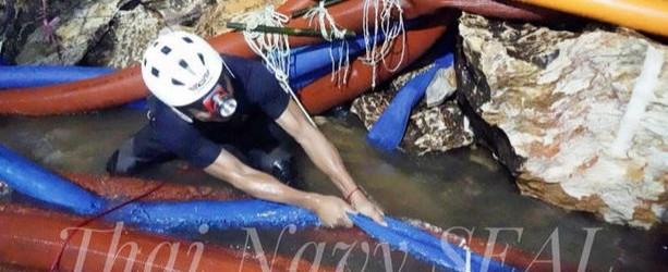 TAILANDIA: Murió un socorrista en la cueva tras haber suministrado provisiones a los niños atrapados
