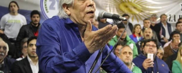 """Moyano desafió a la CGT: """"Se suman a la lucha o se quedan con los oligarcas"""""""