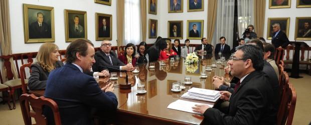El Ejecutivo presentará a la Legislatura un proyecto de reforma de la ley orgánica del Colegio de Abogados