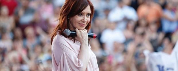 APARECIÓ: La primera encuesta que la da ganadora a CFK en la primera vuelta