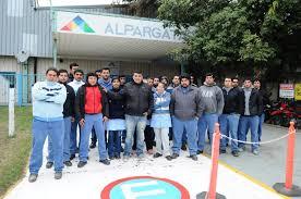 En caída libre: Alpargatas despidió 500 trabajadores más y redujo 57% su planta total