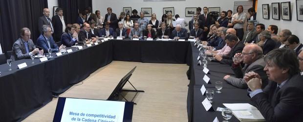 La provincia articula políticas a través de la Mesa de la Cadena Citrícola para el sostenimiento del empleo
