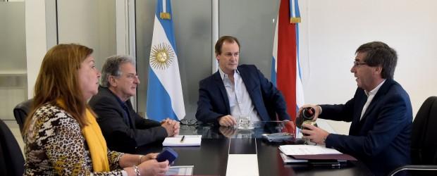Bordet proyecta obras con financiamiento internacional