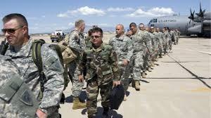 EE.UU.  Trump dispuesto a enviar 15.000 militares a la frontera mexicanaC