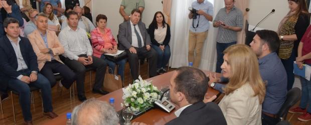 La provincia fortalece a las juntas de gobierno