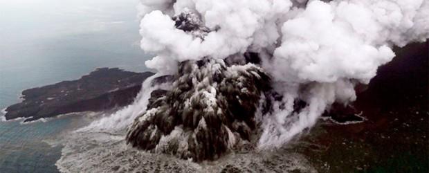 La caída de 64 hectáreas: Revelan qué provocó el tsunami en Indonesia que causó más de 400 muertes