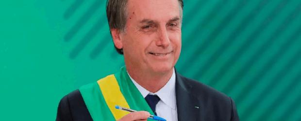 """Sigue el fascismo en Brasil: Bolsonaro hará un """"test ideológico"""" para otorgar becas a estudiantes"""