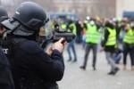 """A dos meses de la irrupción de los """"Chalecos amarillos"""" en Francia"""
