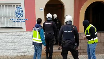 ESPAÑA: Golpe policial al tráfico de inmigrantes en el sur de España
