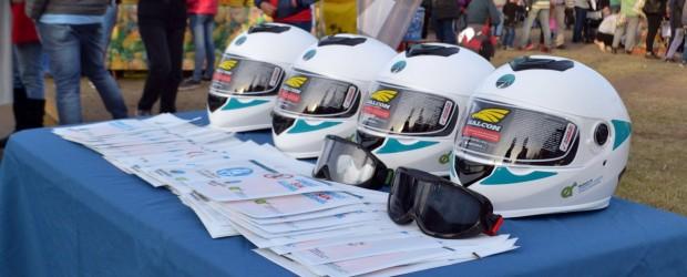 Se entregaron más de 1.300 cascos para motociclistas en la provincia